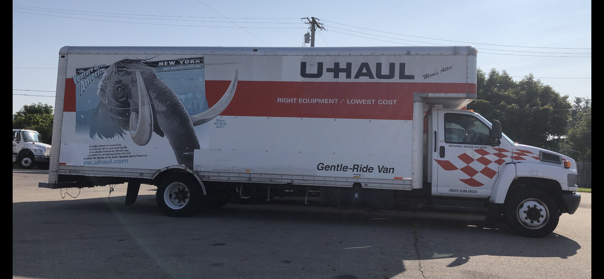 Photo of U-haul truck